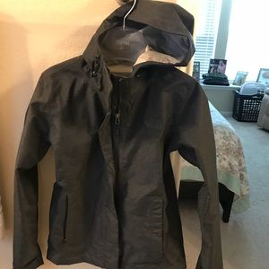 The North face wind jacket XS fits like a Small
